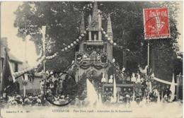 D44 - GUERANDE - FÊTE DIEU 1908 - ADORATION DU ST SACREMENT-Nombreuses Personnes-Belle Animation - Guérande