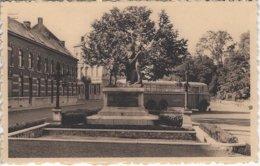 Lessines Monument Aux Morts (autobus Car Leulier) Edit Vanderputten-Herbaut Calvaire Lessines - Lessines