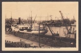 101116/ NANTES, Vue Sur Le Port Prise Au Bas De L'Hermitage - Nantes