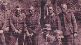 DEUTSCHLAND  --  ORIGINAL PHOTO  -TOTE KAMERADEN  IN FRANCE  --  FRIEDHOF, CIMETIERE  - 18,5 Cm X10,4 Cm  -  BIG  FORMAT - 1939-45
