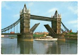 LONDON : TOWER BRIDGE - OPEN DRAWBRIDGES (10 X 15cms Approx.) - Bridges