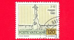VATICANO  - Usato - 1981 - Viaggi Di Giovanni Paolo II Nel 1980 -  120 L. • Il Papa Col Popolo Africano • Policromo - Vatican
