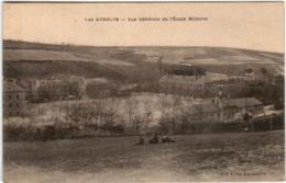 61hi 1O36 CPA - LES ANDELYS - VUE GENERALE DE L'ECOLE MILITAIRE - Les Andelys