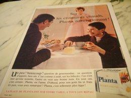 ANCIENNE PUBLICITE CROISSANT ET MARGARINE PLANTA  1961 - Posters