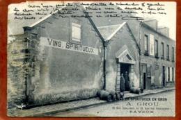 14  CPA BAYEUX Vins Et Spiritueux En Gros   GROU  Joli Plan  RARE  En L'état , Déchirure, Carte Dégradée à Gauche - Bayeux
