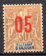 Col17  Colonie Anjouan N° 25 Neuf X MH Cote 2,50€ - Ongebruikt