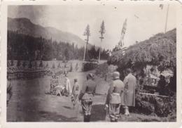 SERBIA , KINGDOM OF YUGOSLAVIA  -- SERBIAN ARMY -- SA SLAVE 1935. SJECENJE KOLACA  --  ORIGINAL PHOTO   8,5 Cm X 6,5 Cm - Militaria