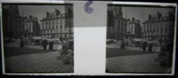 NANTES Vers 1900 : Place Royale. Plaque De Verre Stéréoscopique, Positif. - Glass Slides