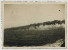 """(Bateaux) Guerre De 1939-45 . Croiseur """"Georges Leygues"""" . Nuage De Fumée Artificielle (manoeuvre). - Bateaux"""