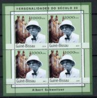 Mozambique 2001  Nobel Prize Prix Nobel Albert SCHWEITZER - Nobel Prize Laureates