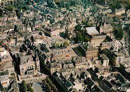 73168620 Luxembourg_Luxemburg Vue Aerienne La Pace D'Armes La Place Guillaume Et - Cartes Postales