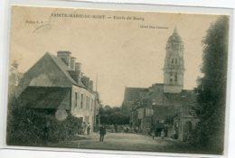 50 STE SAINTE MARIE Du MONT Plutot Rare Entrée Du Bourg Villageois Rue Principale Eglise 1912 Timb    D16  2019 - France