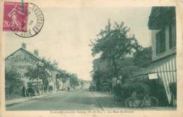 BONNIERES SUR SEINE - La Rue De Rouen. - Bonnieres Sur Seine