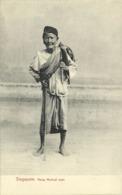 Straits Settlements, SINGAPORE, Malay Medical Man (1910s) Postcard - Singapore