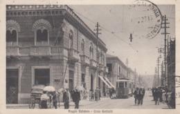 REGGIO CALABRIA-CORSO GARIBALDI-ANIMATISSIMA CON TRAM IN ARRIVO-CARTOLINA VIAGGIATA IL 25-12-1923 - Reggio Calabria