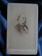 Photo CDV Photographie Des Arts Arcachon - Second Empire Portrait Nuage Homme (M. Corbillon Père), Circa 1860-65 L466 - Photographs
