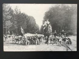 CPA Numéro 2 Chasse à Courre En Forêt De Compiègne La Meute Se Rendant Au Rendez-vous - Chasse