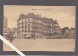 Nantes / Place De La Renaissance (emplacement Du Théatre Qui A Brulé Bien Visible) Rare - Nantes