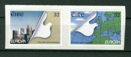 EIRE  IRLANDA  -  AUTOADESIVI   EUROPA - 1949-... Repubblica D'Irlanda