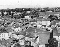 PONT-DE-VAUX VUE AERIENNE PLACE JOUBERT - Pont-de-Vaux
