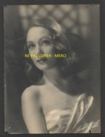 AUTOGRAPHE - MARIA MAUBAN (1924-2014) ACTRICE FRANCAISE NEE A MARSEILLE - PHOTO HARCOURT FORMAT 18 X 24 CM - VOIR ETAT - Foto Dedicate