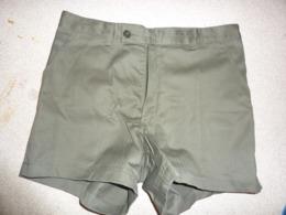 Short Kaki Vert Otan Armée Française 1994 Outra-mer - Uniforms
