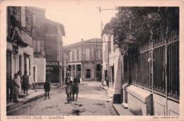 CPA 30 AIGUES VIVES Grande Rue - Aigues-Vives