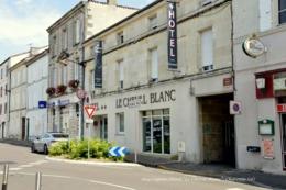 """Cognac (16)- Hôtel """"Le Cheval Blanc"""" (Tirage Limité) - Cognac"""