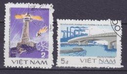 Vietnam 1985 Mi. 1559-60 Befreiung Von Hai Phóng Leuchtturm Lighthouse Pfare Bridge Brücke Pont Complete Set !! - Vietnam