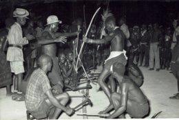 ANGOLA-TIR A L'ARC-INSTRUMENT DE MUSIQUE-photographie Sur Papier Dox - Angola