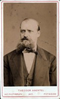 CDV & Tirage Photo Albuminé Original Cartonné - Big Moustache Par Theodor Haertel En 1877 De Postdam - Allemagne - Photos