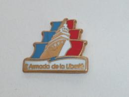 Pin's ARMADA DE LA LIBERTE, ROUEN 1994, Signe FRAISSE  01 - Barcos