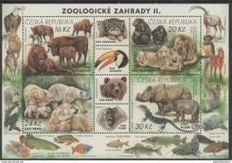 CZECH REPUBLIC ,2017,MNH, ZOOS, FISH, LIONS, POLAR BEARS, RHINOS, LIZARDS, REPTILES, PRIMATES, BISON,  SHEETLET - Big Cats (cats Of Prey)