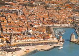 LA ROCHELLE Vue Generale La Tour De La Lanterne Le Port Et Les Tours De La Chaine 26(scan Recto-verso) MA1812 - La Rochelle