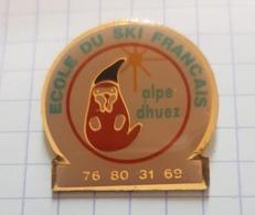 ☺♦♦ Pin's Pins / THEME  SPORT - SKI - MARMOTTE ֎  ECOLE DU SKI FRANCAIS ALPES HUEZ  ֎  Alpe D'Huez (1250-3330 M) - Wintersport