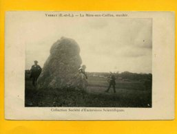 28YM5 -Ymeray - La Mère Aux Cailles - Menhir - Sonstige Gemeinden