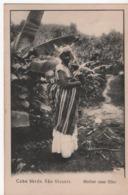 S.VINCENTE MULHER COM FILHO - Capo Verde