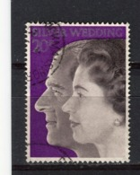 GRANDE-BRETAGNE - Y&T N° 673° - Noces D'argent Du Couple Royal - 1952-.... (Elizabeth II)