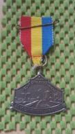 Medaille :Netherlands  -  Vecht En Plassentocht -De Vechtkanters - Maarssen  / Vintage Medal - Walking Association - Nederland