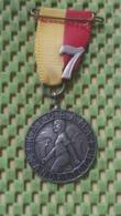 Medaille :Netherlands  -  De Kalorama Wandeltocht - Nijmegen  / Vintage Medal - Walking Association - Nederland