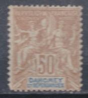 Dahomey N°  13   X Type Groupe : 50 C. Bistre Et Bleu Sur Azuré Trace De Charnière Sinon TB - Unused Stamps