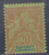 Dahomey N°  10   X Type Groupe : 20 C. Brique Sur Vert  Trace De Charnière Sinon TB - Unused Stamps