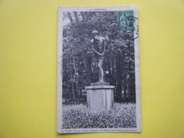FLERS. La Statue Du Juif Errant. - Flers