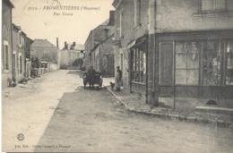 CPA Fromentières - Rue Neuve - Circulée 1916 - France