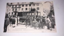 15.LE CANTAL PITTORESQUE. CHAUDES AIGUES, Arrivée De L'autobus - France