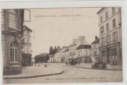 CPA   JOUARRE  ENTREE DE LA PLACE - France