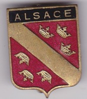 PIN  --  FRANCE  --  ALSACE  --  ENAMEL - Pin's & Anstecknadeln