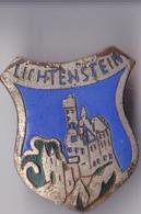 OLD PIN  --  LICHTENSTEIN - Pin's & Anstecknadeln