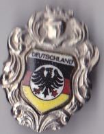 OLD PIN  --  DEUTSCHLAND  --  ENAMEL - Pin's & Anstecknadeln