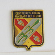 1 Pin's Sapeurs Pompiers De ROHRBACH LES BITCHE (MOSELLE-57) - Pompiers
